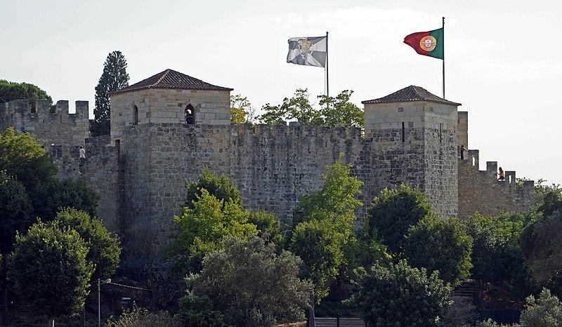 File:Castelo de Sao Jorge (45684677821).jpg