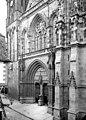 Cathédrale Saint-Pierre - Façade ouest - partie inférieure en perspective - Vannes - Médiathèque de l'architecture et du patrimoine - APMH00014508.jpg