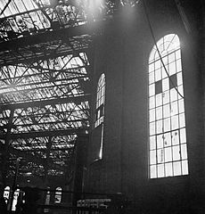 Cecil Beaton Photographs- Tyneside Shipyards, 1943 DB1.jpg
