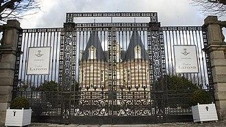 Avenue de Champagne - Image: Château de Pékin 9859
