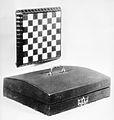 Chess set MET 155499.jpg