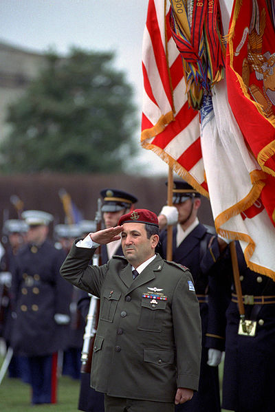 קובץ:Chief of the General Staff Ehud Barak.jpg