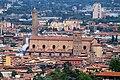 Chiesa di San Petronio. Dietro si vede la torre degli Asinelli. - panoramio.jpg