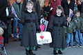 Children Await Parents Homecoming DVIDS82313.jpg