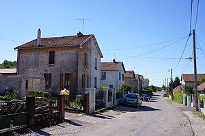 Cité-minière-d'Éboulet-08-2012 02.JPG