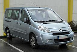 Citroën Jumpy Kombi front 20110109