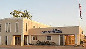 City Hall of Willis, Texas, South View.jpg
