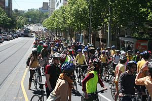 350.org - Thousands of Cyclists in Melbourne for the 350 Climate Protest, October 24, 2009