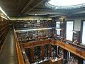 Colegio Nacional de Buenos Aires - Biblioteca, vista del pasillo del segundo piso.jpg