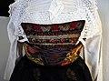 Costume de femme protestante du Pays de Hanau-Musée alsacien de Strasbourg (plastron).jpg