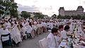 Dîner en blanc - White Diner 2011 (5843771086).jpg