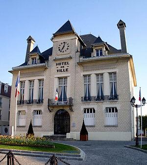 Deuil-la-Barre - Town hall