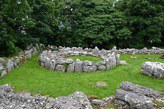 Amlwch - Image: Din Lligwy stone hut, Anglesey