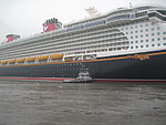 Disney Dream (2011) Papenburg 03.JPG