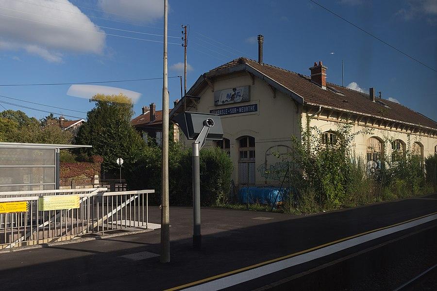 Gare de Dombasle-sur-Meurthe vue du train.