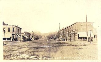 Douglas, Wyoming - Center St., looking east (1920s)