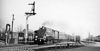 LNER Class B17 - B17/5 No. 2870 entering Stowmarket in 1940