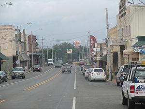 Many, Louisiana - Downtown Many facing west (2013)