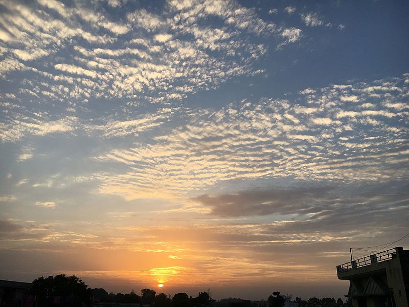 File:Dusk with a beautiful sky.jpg