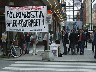 Cult - LaRouche Movement members in Stockholm protesting against the Treaty of Lisbon.