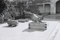 ETH-BIB-Ausstellung von Kanonen in einem Garten in Fès-Nordafrikaflug 1932-LBS MH02-13-0350.tif