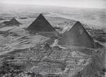 ETH-BIB-Pyramiden von Gizeh aus 400 m Höhe-Kilimanjaroflug 1929-30-LBS MH02-07-0154.tif