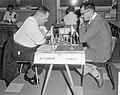 Eerste ronde IBM schaaktoernooi, dr H Lehmann (l) en G Barcza (r), Bestanddeelnr 916-6656.jpg