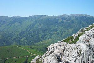 Alto de l'Angliru - The Angliru seen from the Monsacro peak.