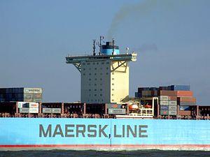 Eleonora Maersk p5 9321500, leaving Port of Rotterdam, Holland 25-Jan-2007.jpg