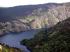 external image 280px-Embalse_dos_Peares_Galiza.jpg