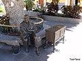Escultura homenaje a María Dolores Sanchez Hernández - panoramio.jpg