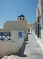 Església i carrer a Oia.JPG