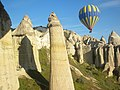 Fairy chimneys in Cappadocia - panoramio.jpg