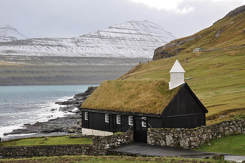 File:Faroe Islands, Eysturoy, Funningur (4).jpg