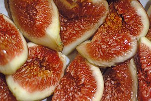 Timeline of food - Fresh figs cut open showing the flesh and seeds inside