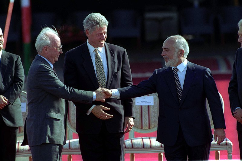 Flickr - Government Press Office (GPO) - PM YITZHAK RABIN AND KING HUSSEIN SHAKING HANDS.jpg