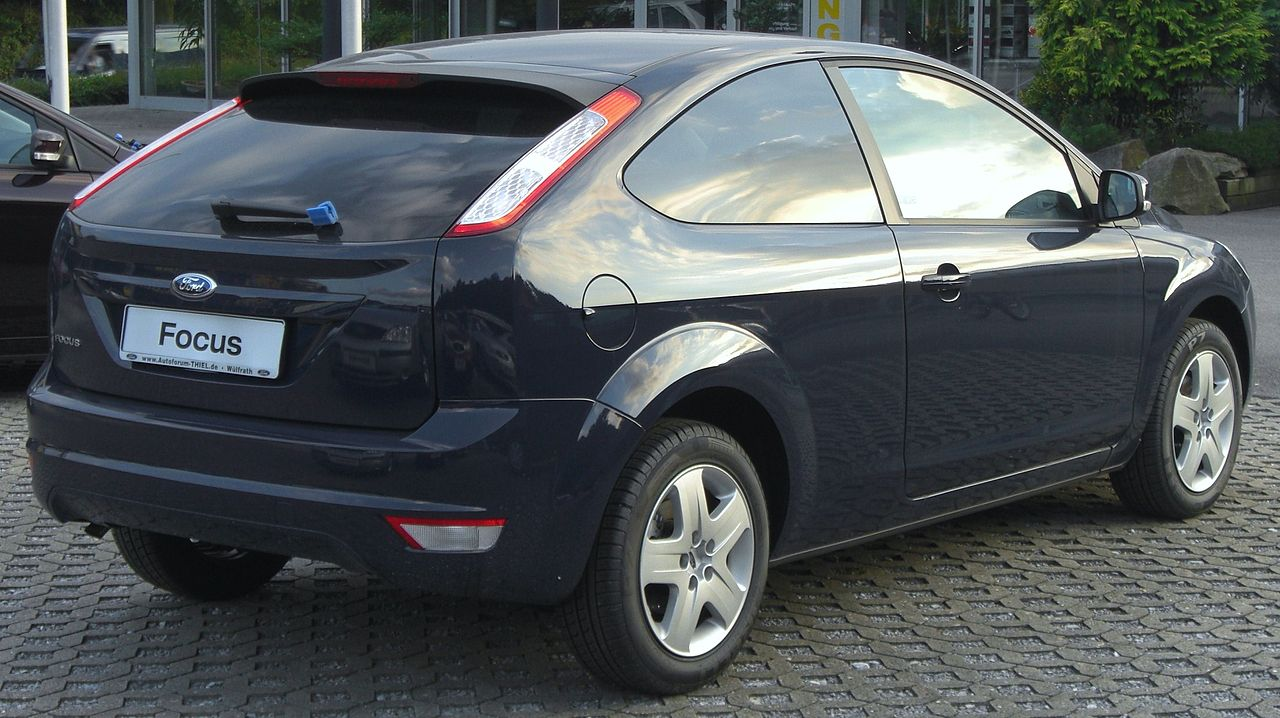 Ford Focus 2 (3 двери)
