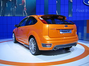 Ford Focus ST - Flickr - robad0b (1).jpg