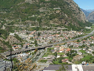 Bard, Aosta Valley - Bard and Hône (separated by the A5 motorway) seen from Fort Bard.