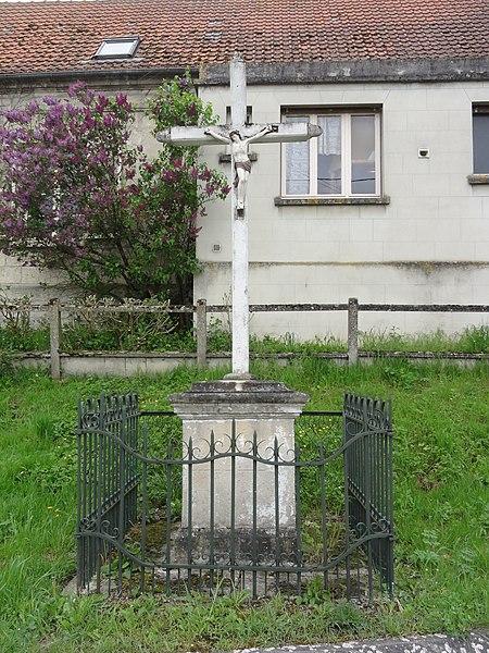 Fressancourt (Aisne) croix de chemin