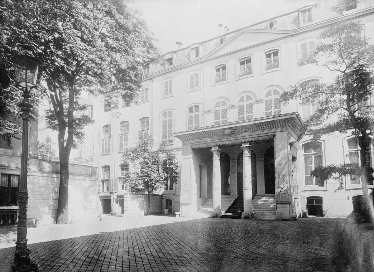 German Embassy, Paris (LOC).jpg