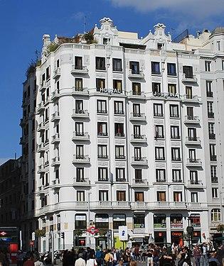 Gran Vía 44 (Madrid) 01.jpg
