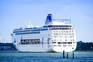 Ibero cruceros wikip dia for Costa neoriviera wikipedia