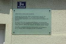 Gedenktafel an ihrem Geburtshaus in Guntramsdorf (Quelle: Wikimedia)