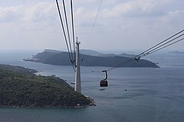 Hòn Thơm cable car pylon.jpg