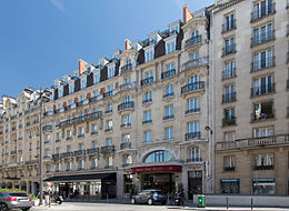 Hôtel Pont Royal, 7 Rue Montalembert, 75007 Paris, August 2015.jpg