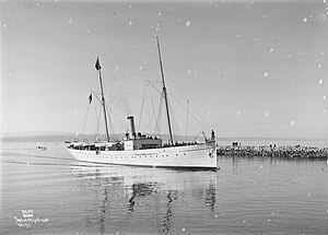 HNoMS Heimdal (1892) - Heimdal bringing Haakon VII and Maud to Trondheim for their coronation