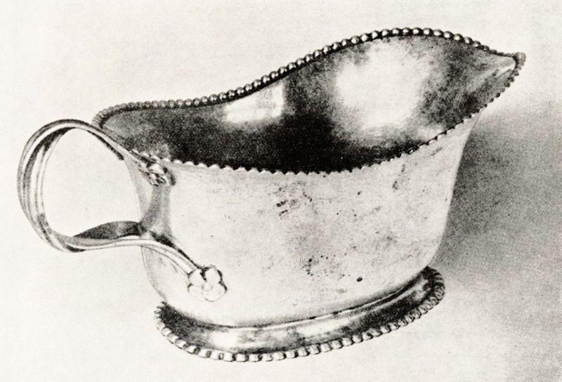 File:Haase Chamber pot.jpg