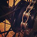 Half-link chain.jpg