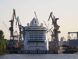 Elbe 17 - Image: Hamburg blohm Voss Dock Elbe 17 01 (raboe)